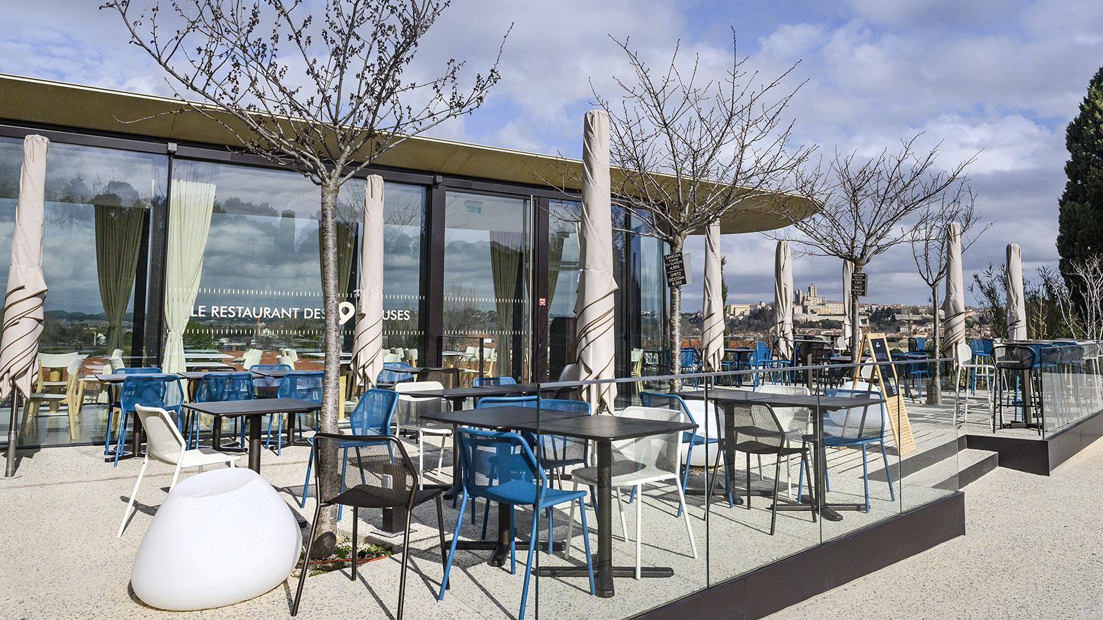 Béziers: Aussichtsreich - das Restaurant 9 Écluses am Canal du Midi. Foto: Hilke Maunder
