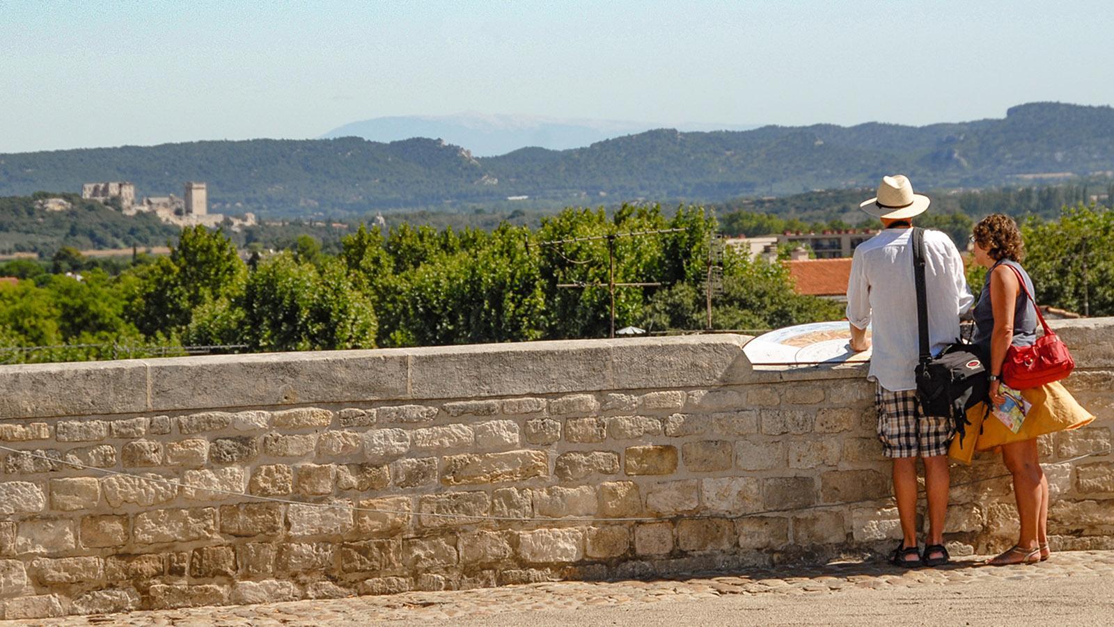 Arles: Blick auf die Stadt von der Place de la Major. Foto: Hilke Maunder