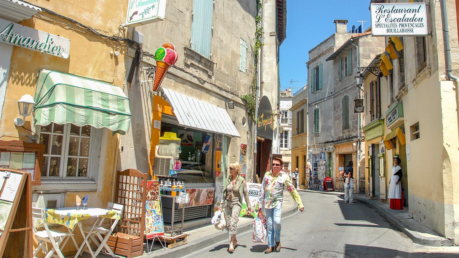 Herrlich, durch die Gassen von Arles zu bummeln! Foto: Hilke Maunder