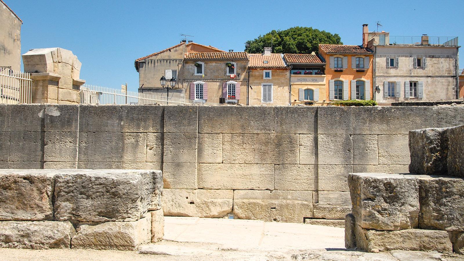 Arles: die Ruinen des römischen Amphitheaters. Foto: Hilke Maunder