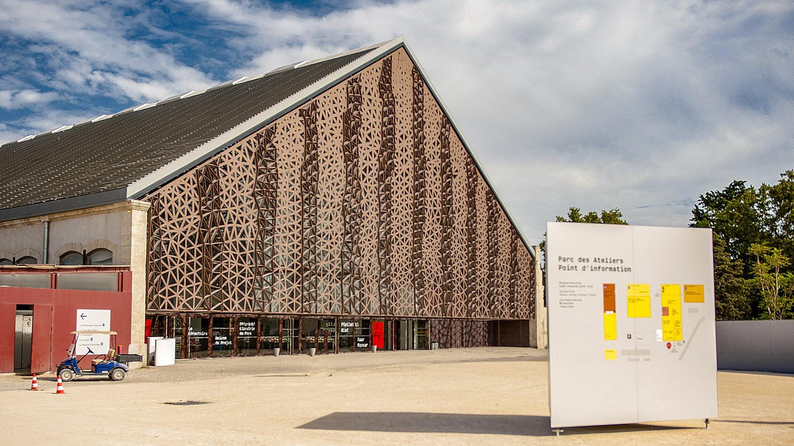 Arles: Grande Halle im Parc des Ateliers. Foto: Hilke Maunder