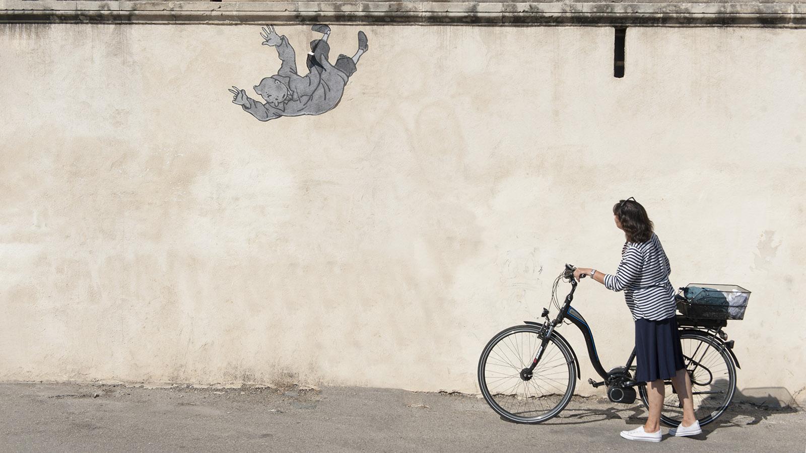 Arles: Street Art mit Tim und Struppi. Foto: Hilke Maunder