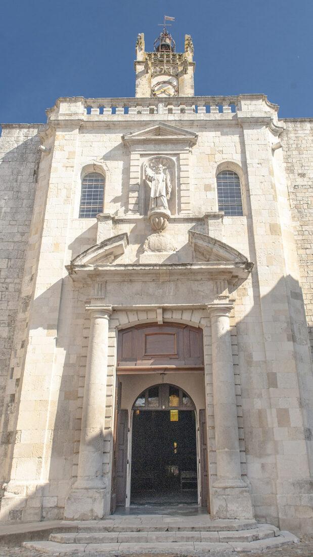 Bourg Saint-Andéol. Église Saint-Andéol. Foto: Hilke Maunder
