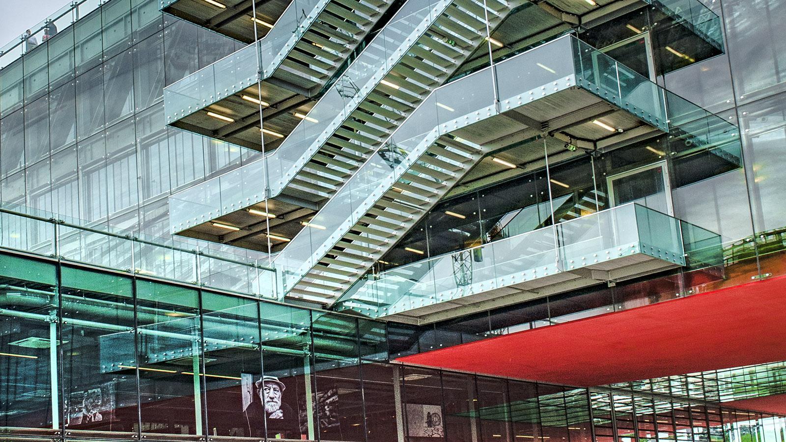 Lyon, La Confluence, Bürogebäude. Foto: Hilke Maunder