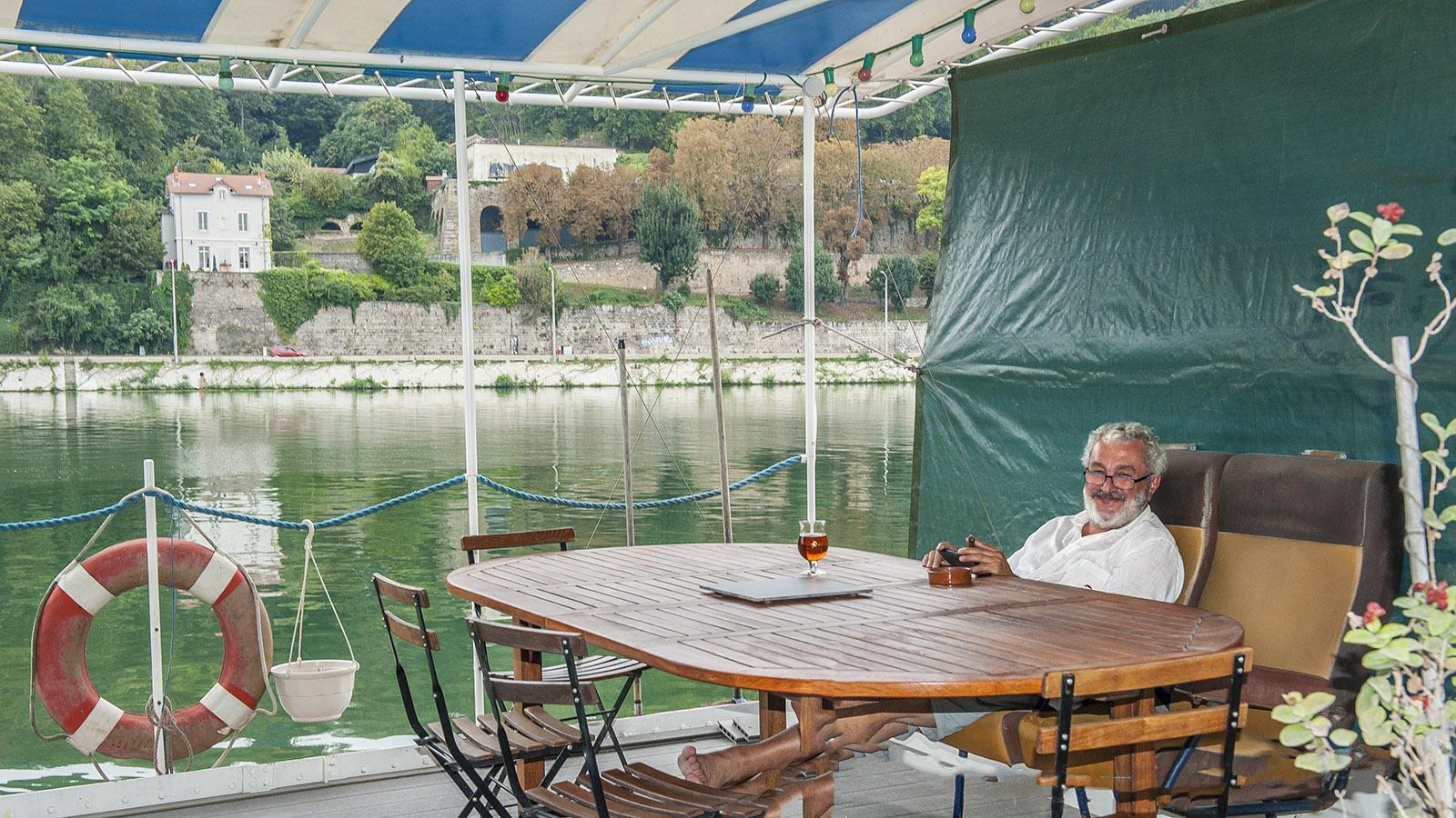 Leben auf dem Wasser am Ufer der Saône am Kai von La Confluence. Foto: Hilke Maunder
