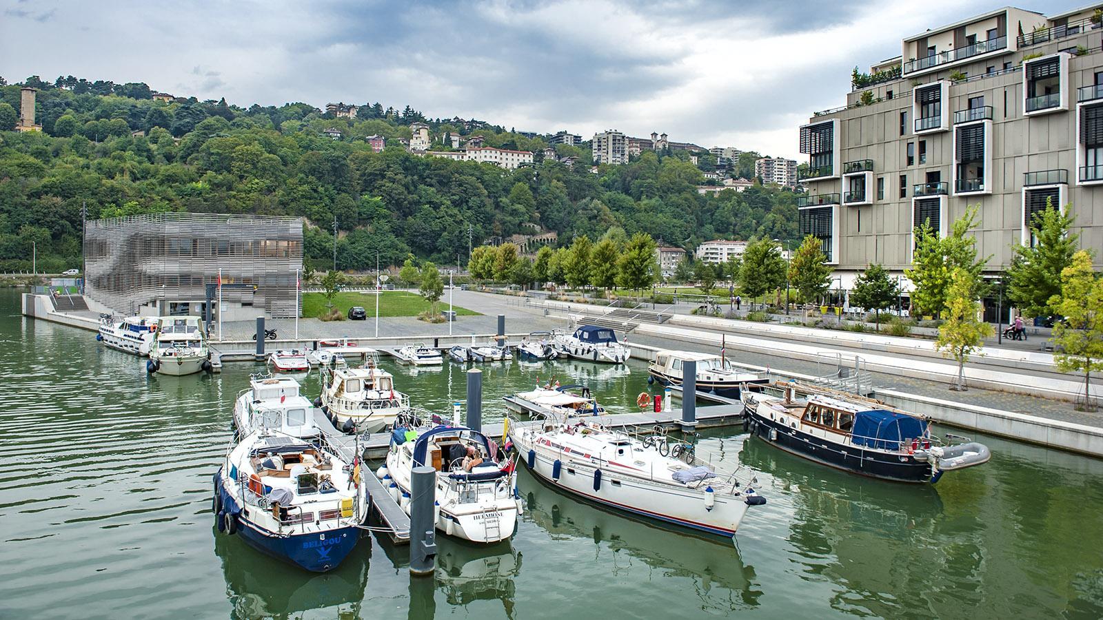Wohnen am Wasser - in La Confluence mitten in der Stadt. Foto: Hilke Maunder