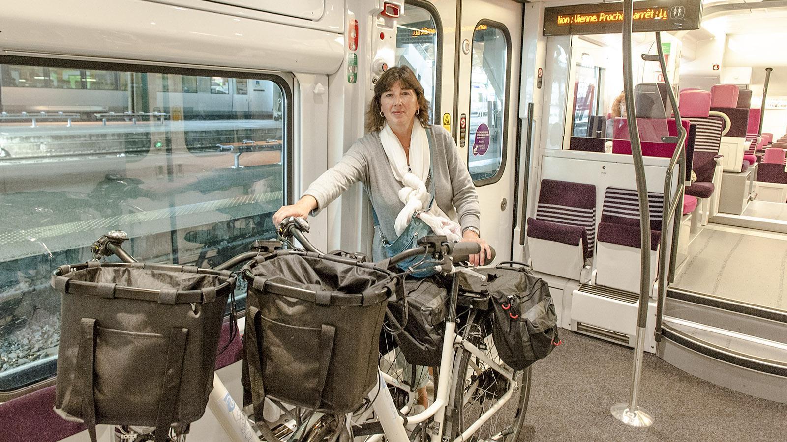 Bis nach Vienne kommen unsere Räder in den Zug. Foto: Hilke Maunder