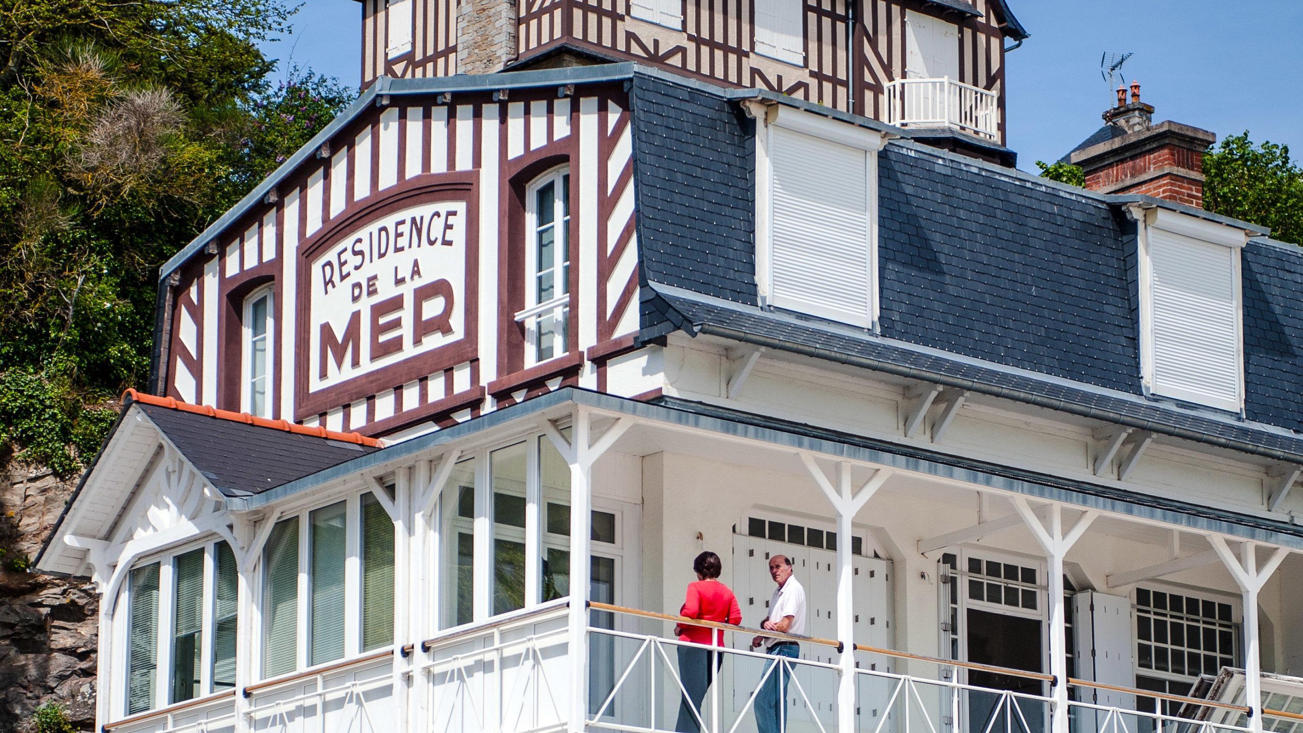 Côtes d'Armor: Bädernostalgie in Saint-Cast-le-Guildo. Foto: Hilke Maunder