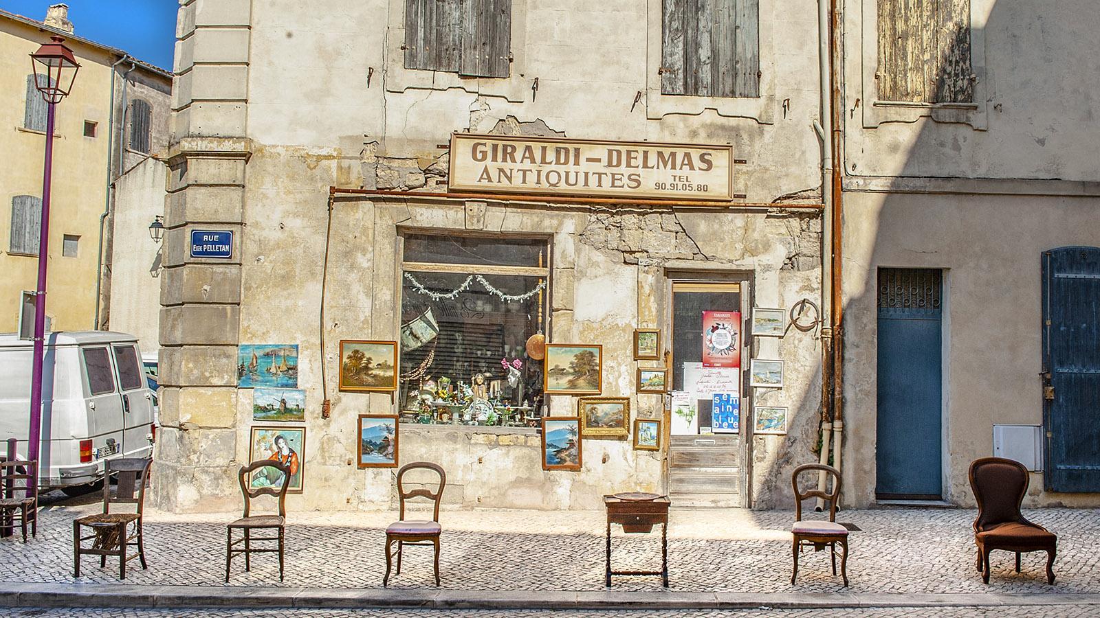 Tarascon: Antiquitätengeschäft. Foto: Hilke Maunder