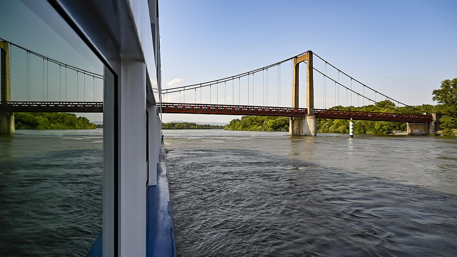 Die Rhônebrücke von Viviers. Foto: Hilke Maunder