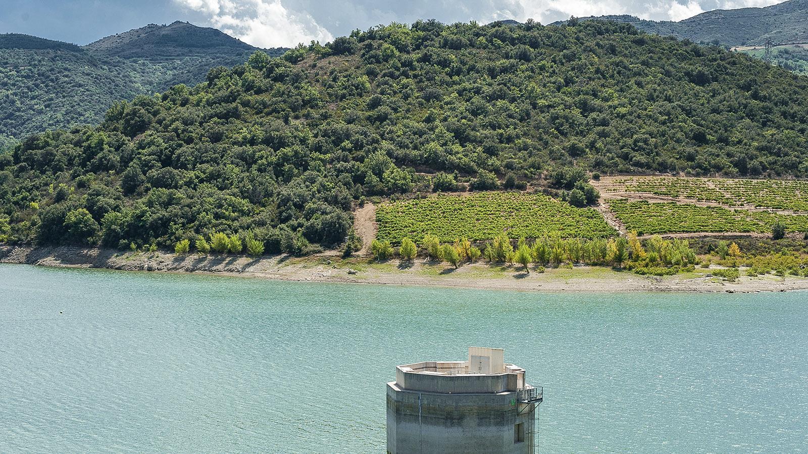 Fenouillèdes: der Stausee des Agly wird auch Lac de Caramany genannt. Foto: Hilke Maunder