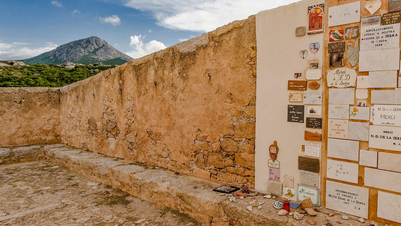 Calvi: Notre-Dame de la Serra, Votivtafeln. Foto: Hilke Maunder