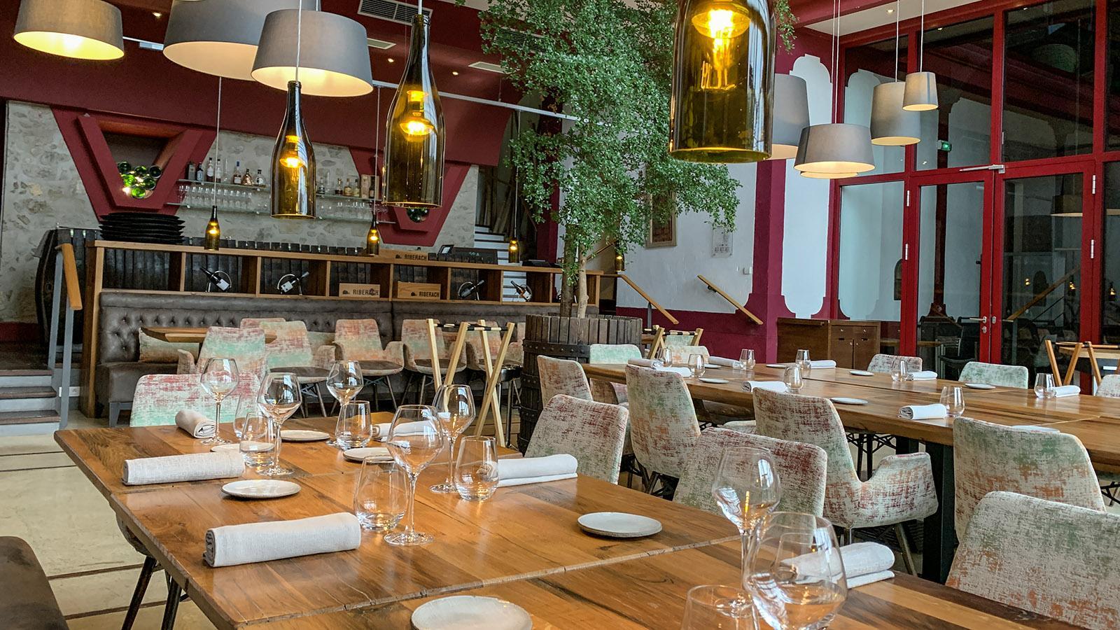 Fenouillèdes: Der Speisesaal des Hotel Riberach. Foto: Hilke Maunder