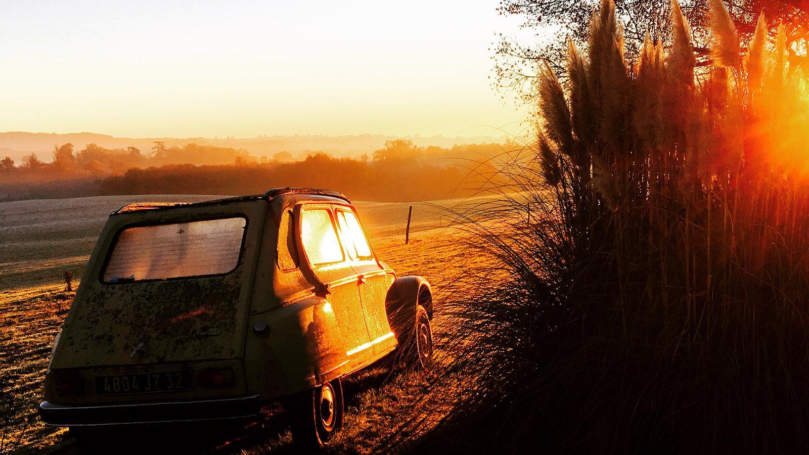 Im Gers unterwegs mit einer 2CV. Foto: Hilke Maunder