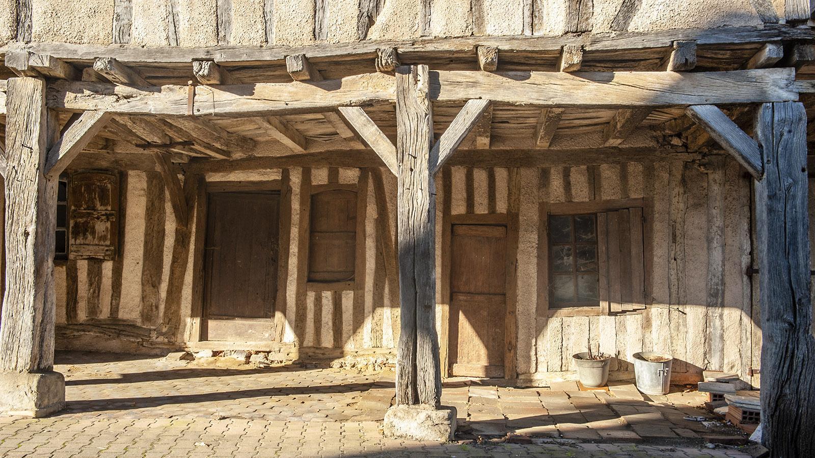 Simorre: Hausbau aus dem Mittelalter. Foto: Hilke Maunder