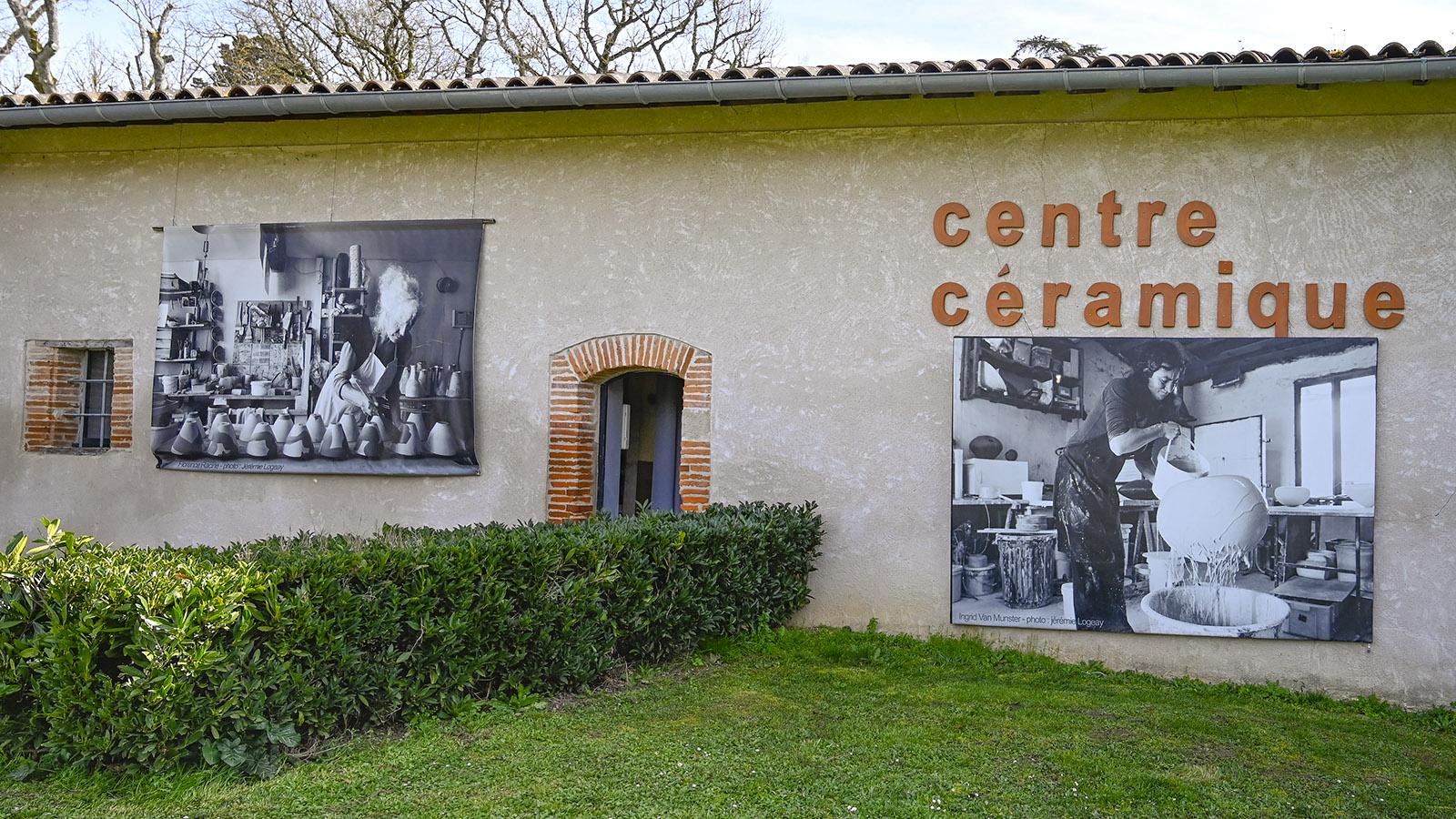 Giroussens: Das Centre Céramique stellt Töpfer- und Keramikkunst nicht nur aus, sondern unterrichtet sie auch in Kursen. Foto: Hilke Maunder