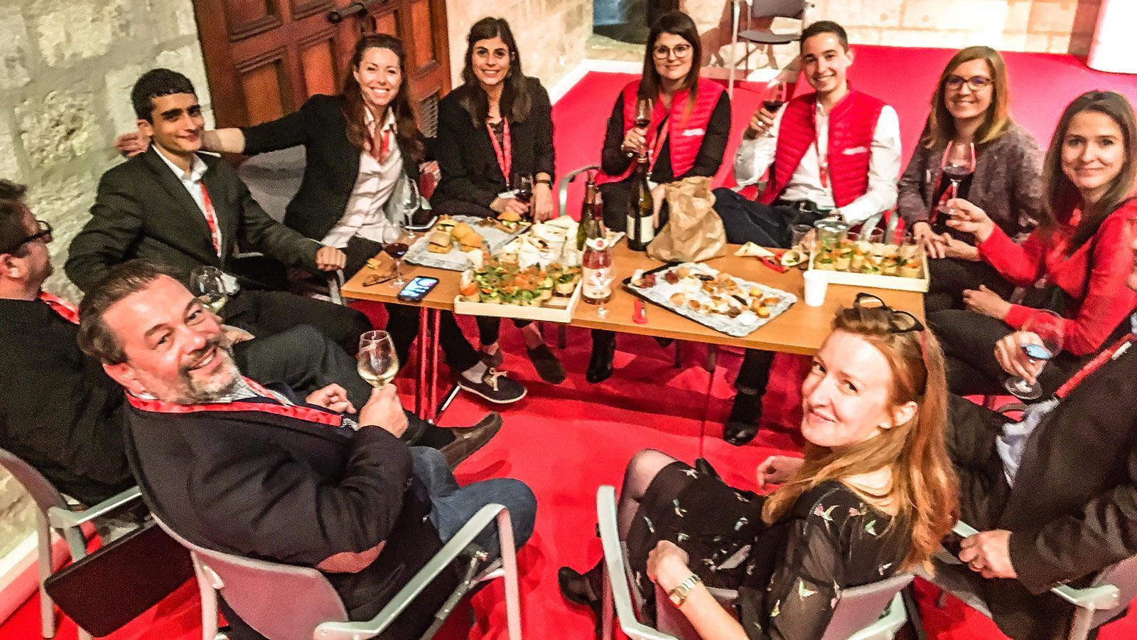Michel Chapoutier von Inter-Rhône mit seinem Team. Foto: Hilke Maunder