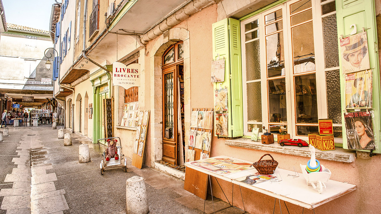 Mirepoix: Im Herzen der alten Bastide könnt ihr herrlich bummeln und shoppen. Foto: Hilke Maunder