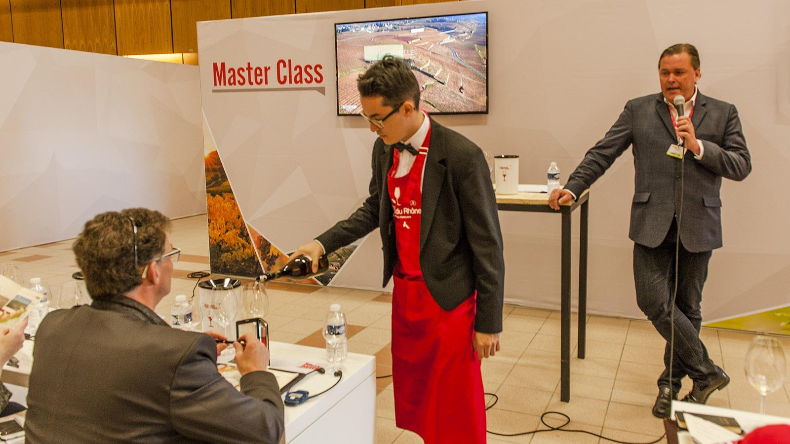 Berühmte Sommeliers leiten die Masterclasses bei den Découvertes de la vallée du Rhône. Foto: Hilke Maunder