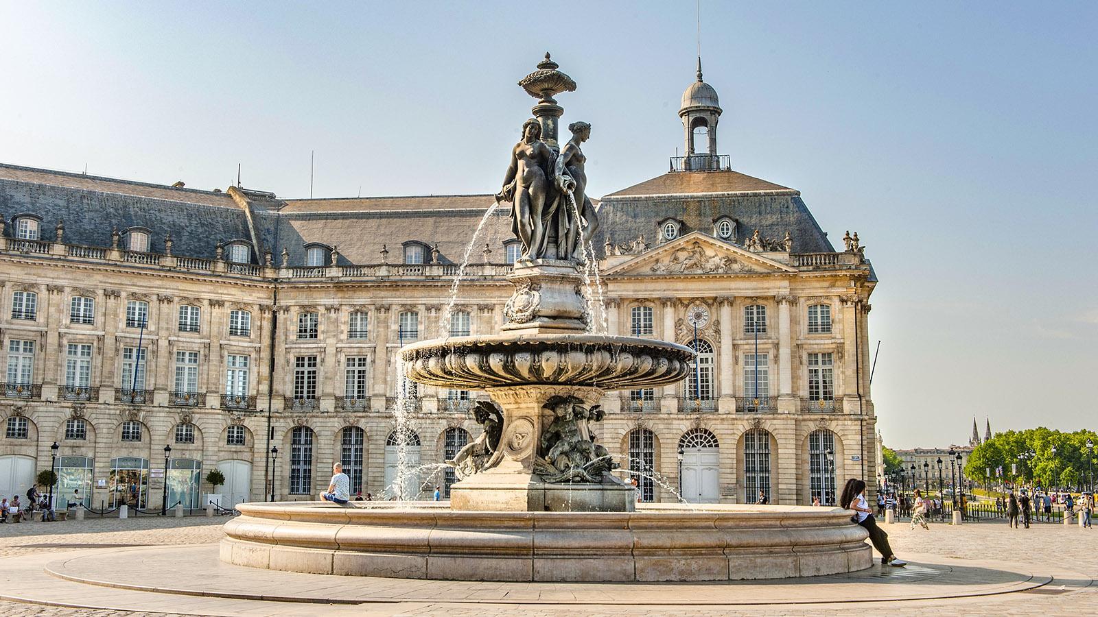 Bordeaux: Place de la Bourse. Foto: Hilke Maunder