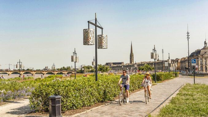 Bordeaux: Radweg an Ufer der Garonne. Foto: Hilke Maunder