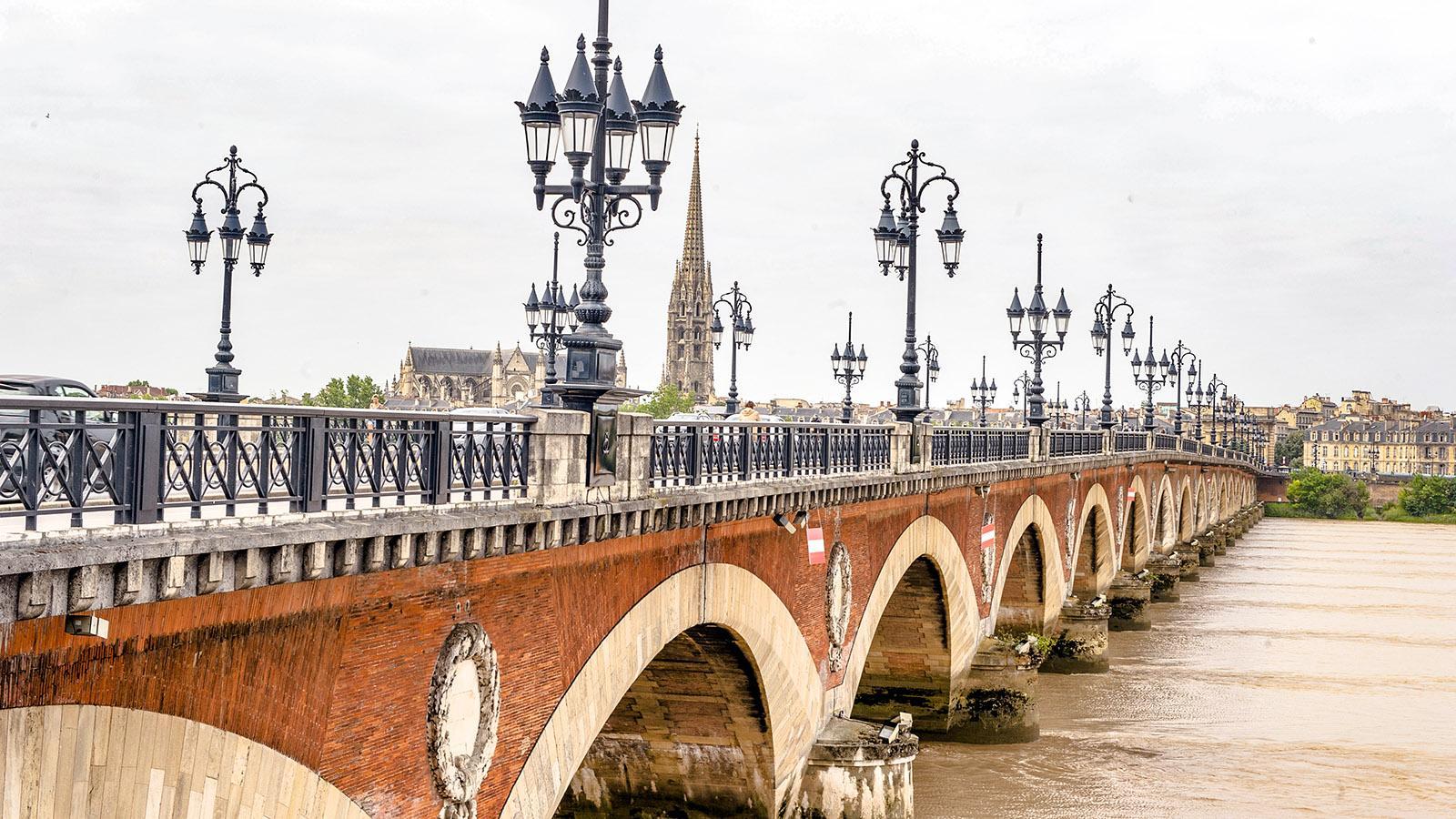 Bordeaux am Ufer der Garonne. Foto: Hilke Maunder