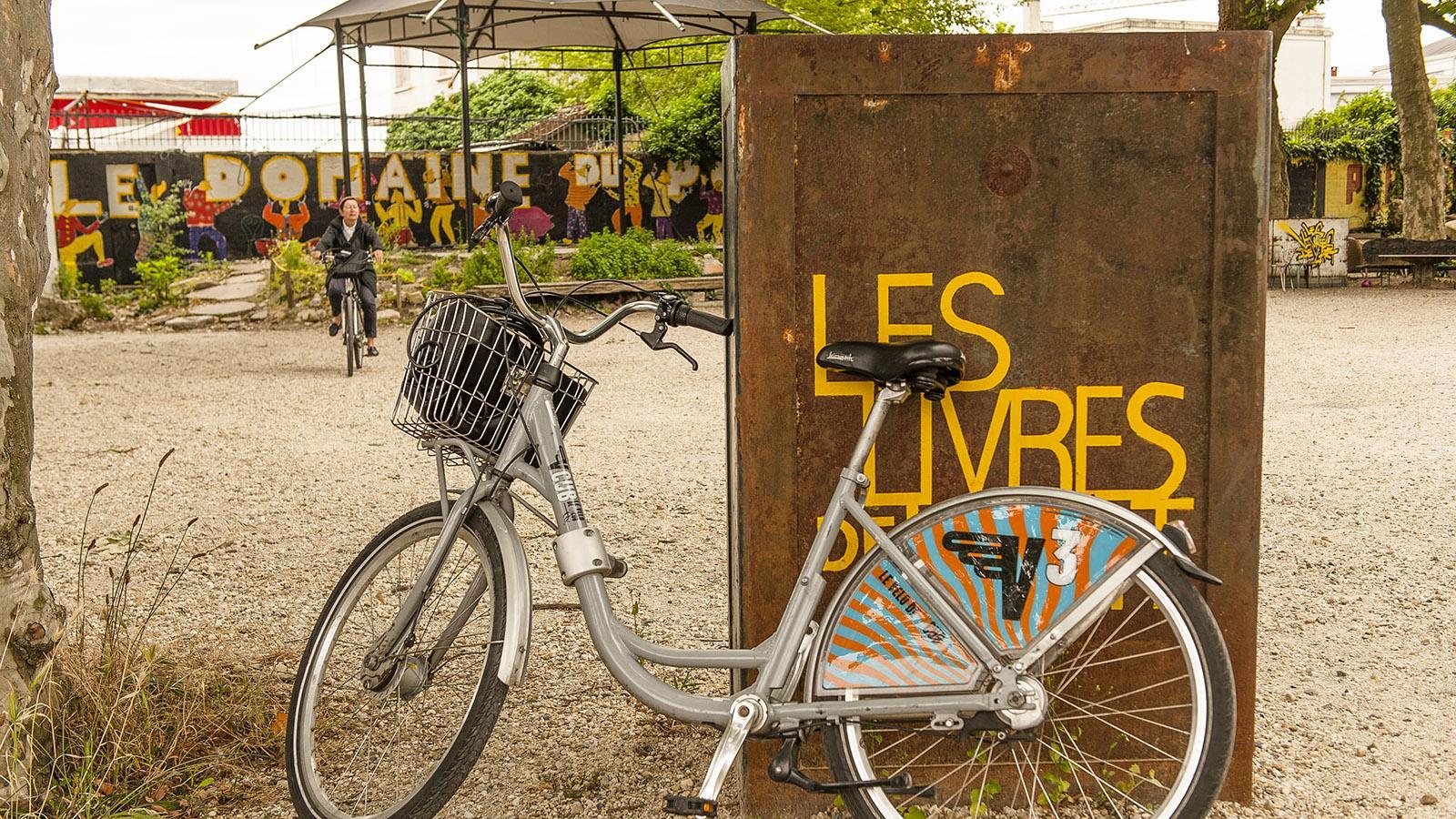 Bordeaux: Wortspiel Livres/Vivres de l'Art. Foto: Hilke Maunder