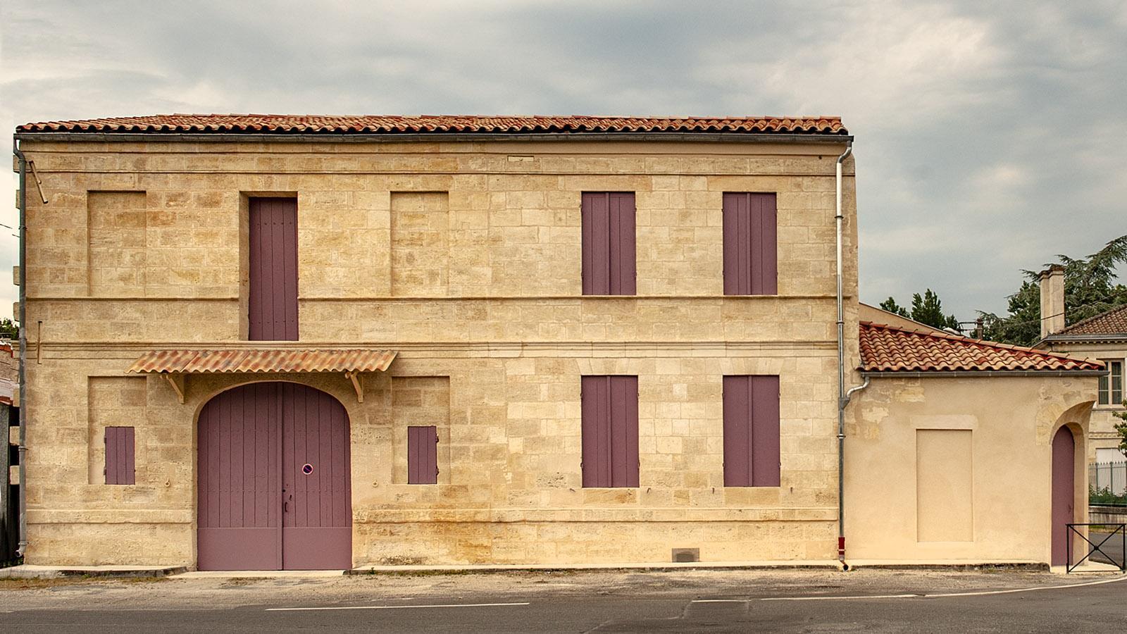 Türen und Fenster verrammelt – ein Anblick, der den Médoc prägt. Foto: Hilke Maunder