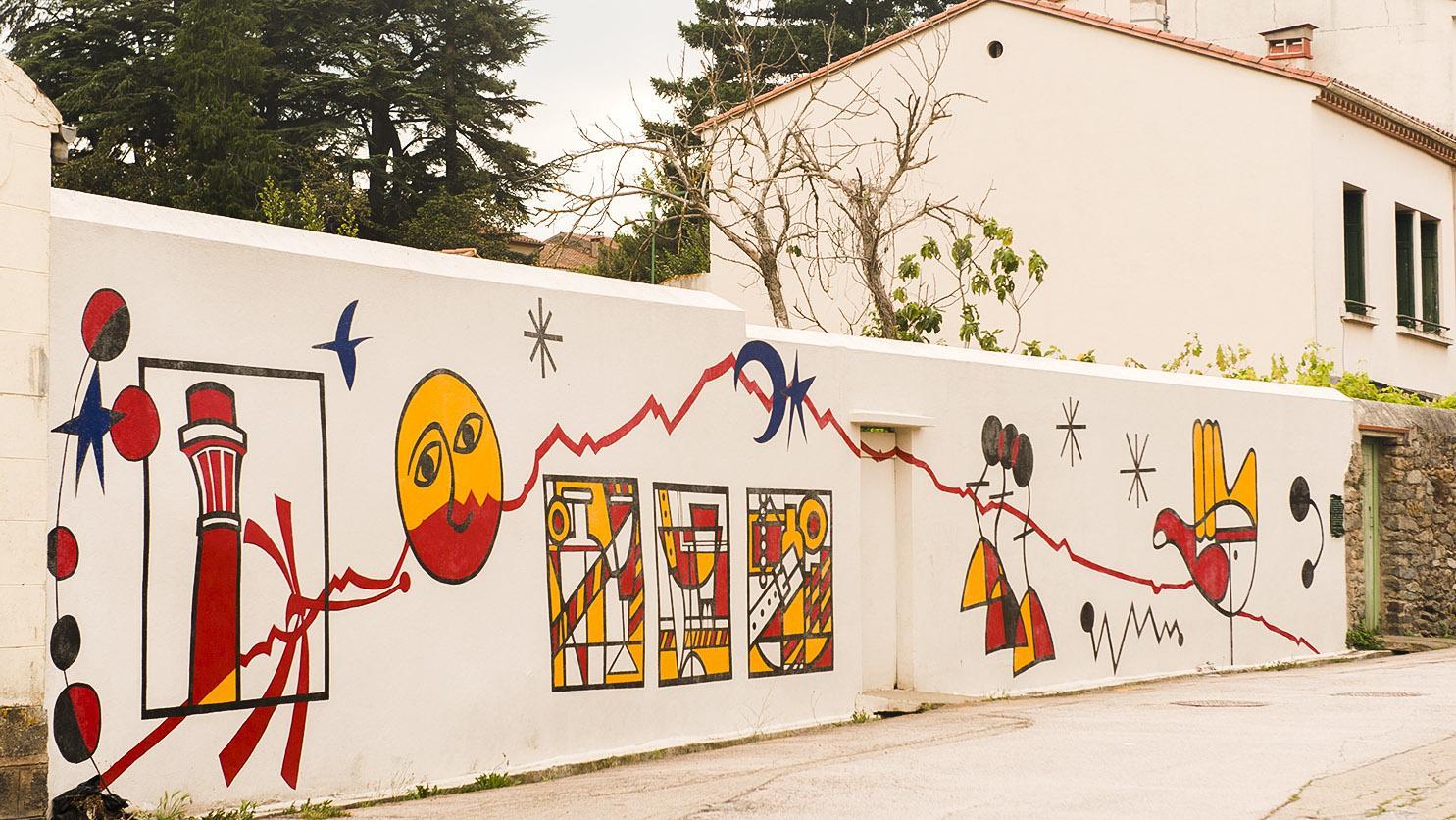 Arles-sur-Tech: Wandbild bei Le Moulin. Foto: Hilke Maunder