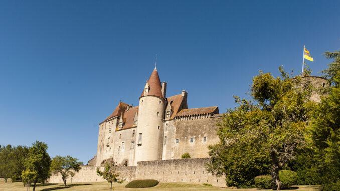 Châteauneuf-en-Auxois. Foto: Hilke Maunder
