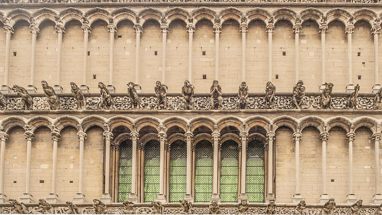 Fassadenschmuck in Dijon.