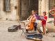Dijon: Bei der Fête de la Musique musizieren die Einheimischen auf den Straßen und Plätzen ihrer Stadt. Foto: Hilke Maunder