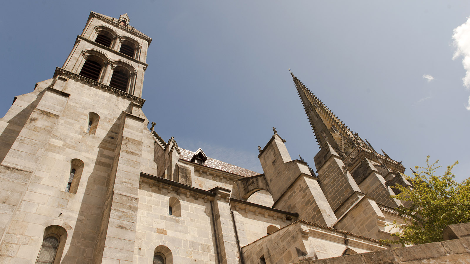 Autun: Kathedrale Saint-Lazare. Foto: Hilke Maunder