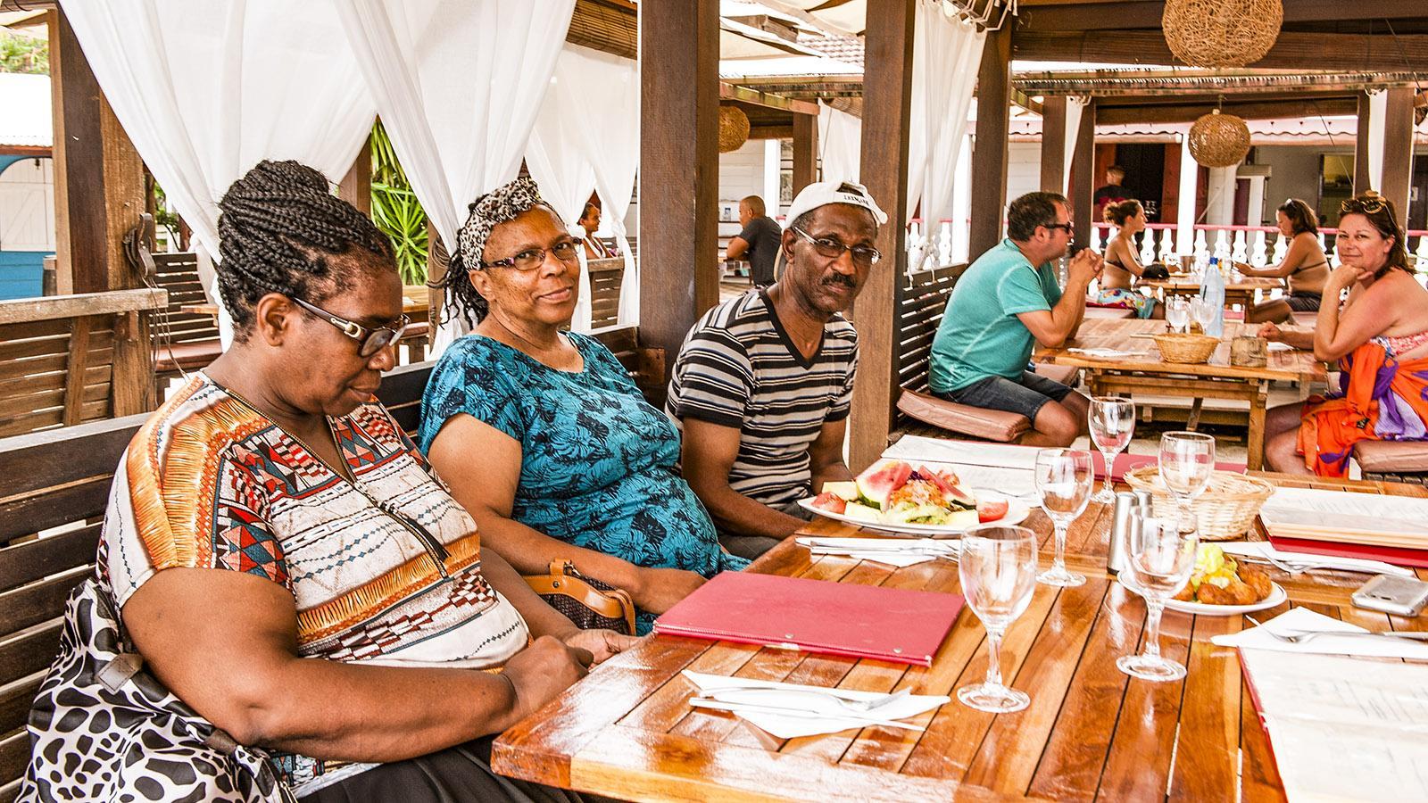 Strandbars auf Martinique: Ti Sable bei Les Anses d'Arlet. Foto: Hilke Maunder