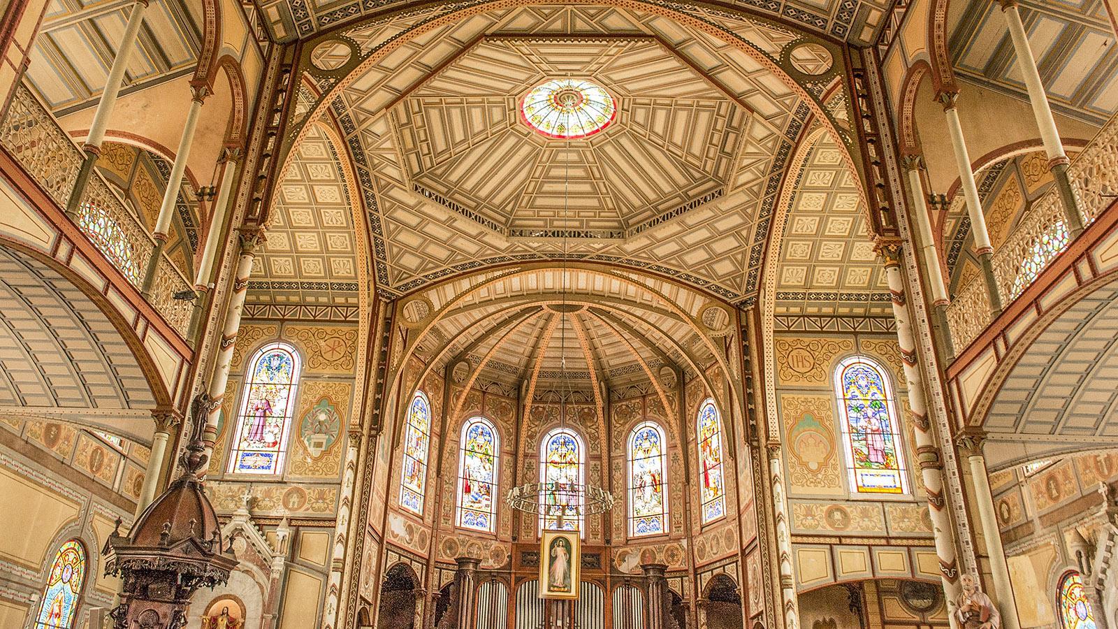 Der Altar und Chor der Kathedrale von Fort-de-France. Foto: Hilke Maunder