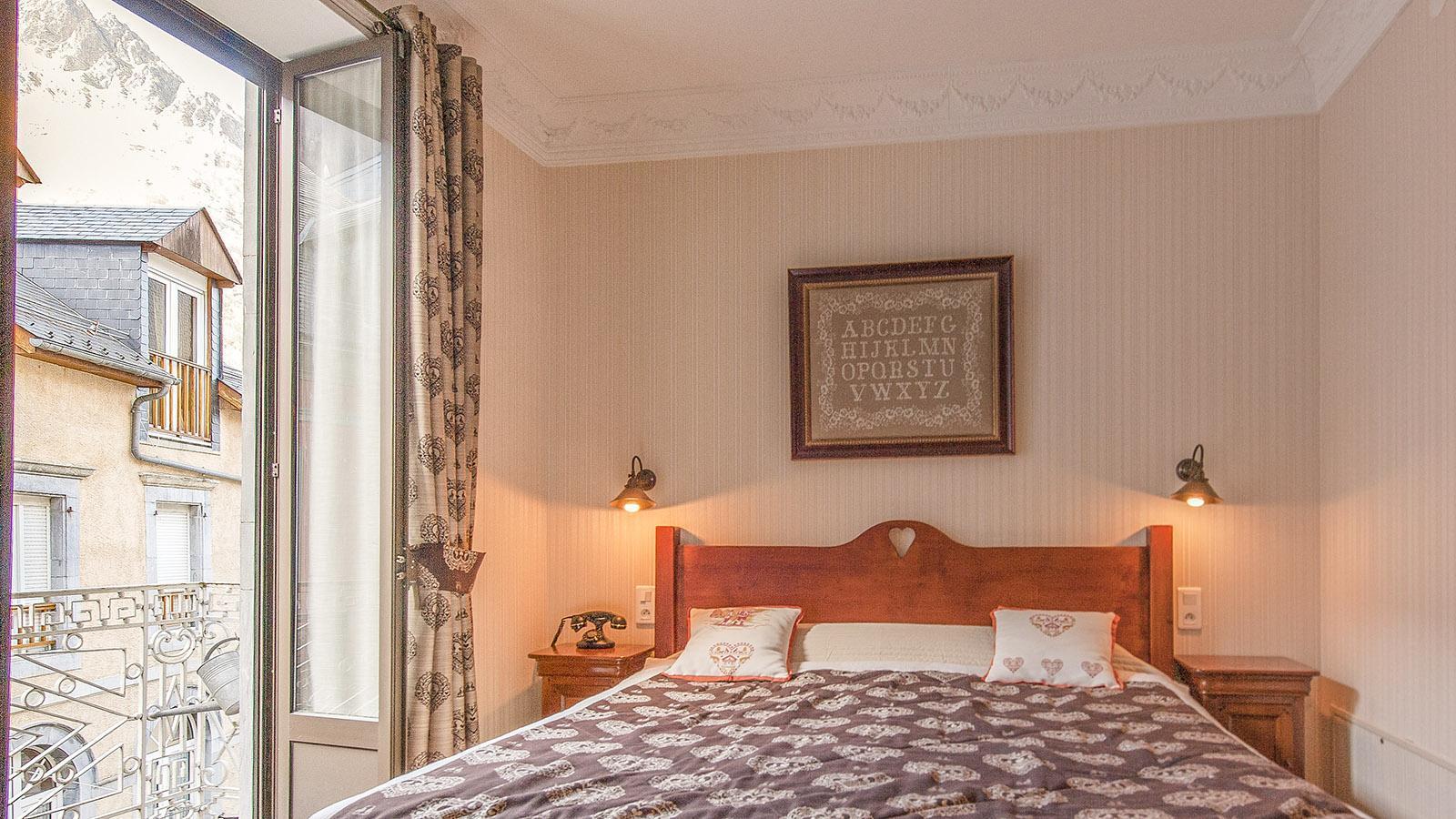 CauteretsCauterets: Gästezimmer des Hôtel Le Lion d'Or. Foto: Hilke Maunder