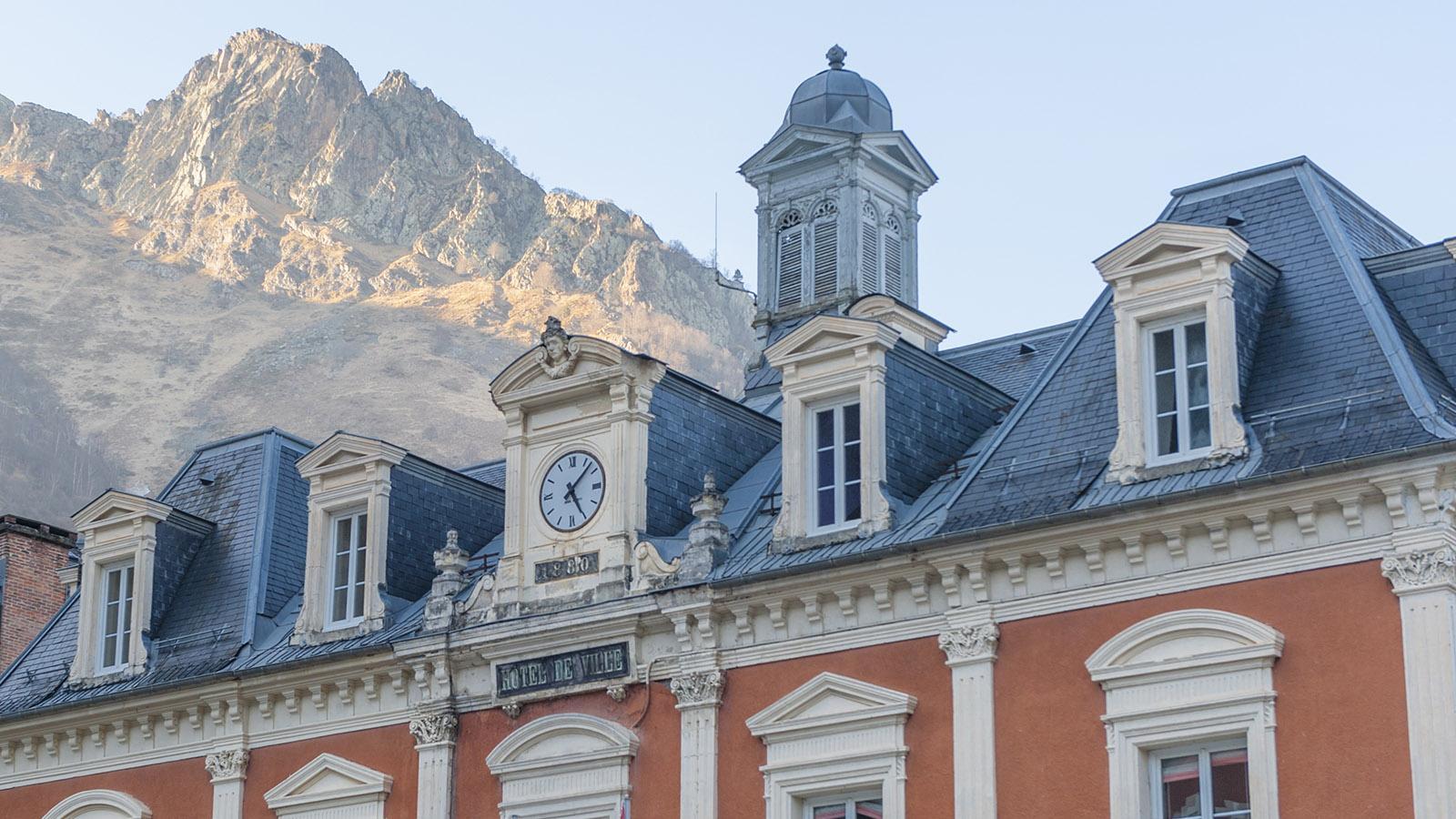 Das Rathaus von Cauterets. Foto: Hilke Maunder