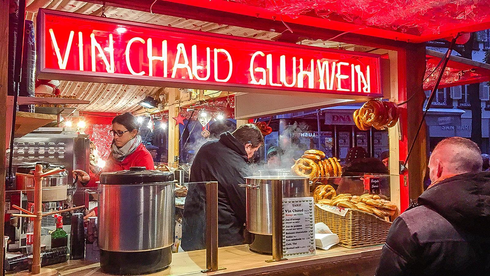 Weihnachtsmärkte: ohne Glühwein auch im Elsass undenkbar. Foto: Hilke Maunder