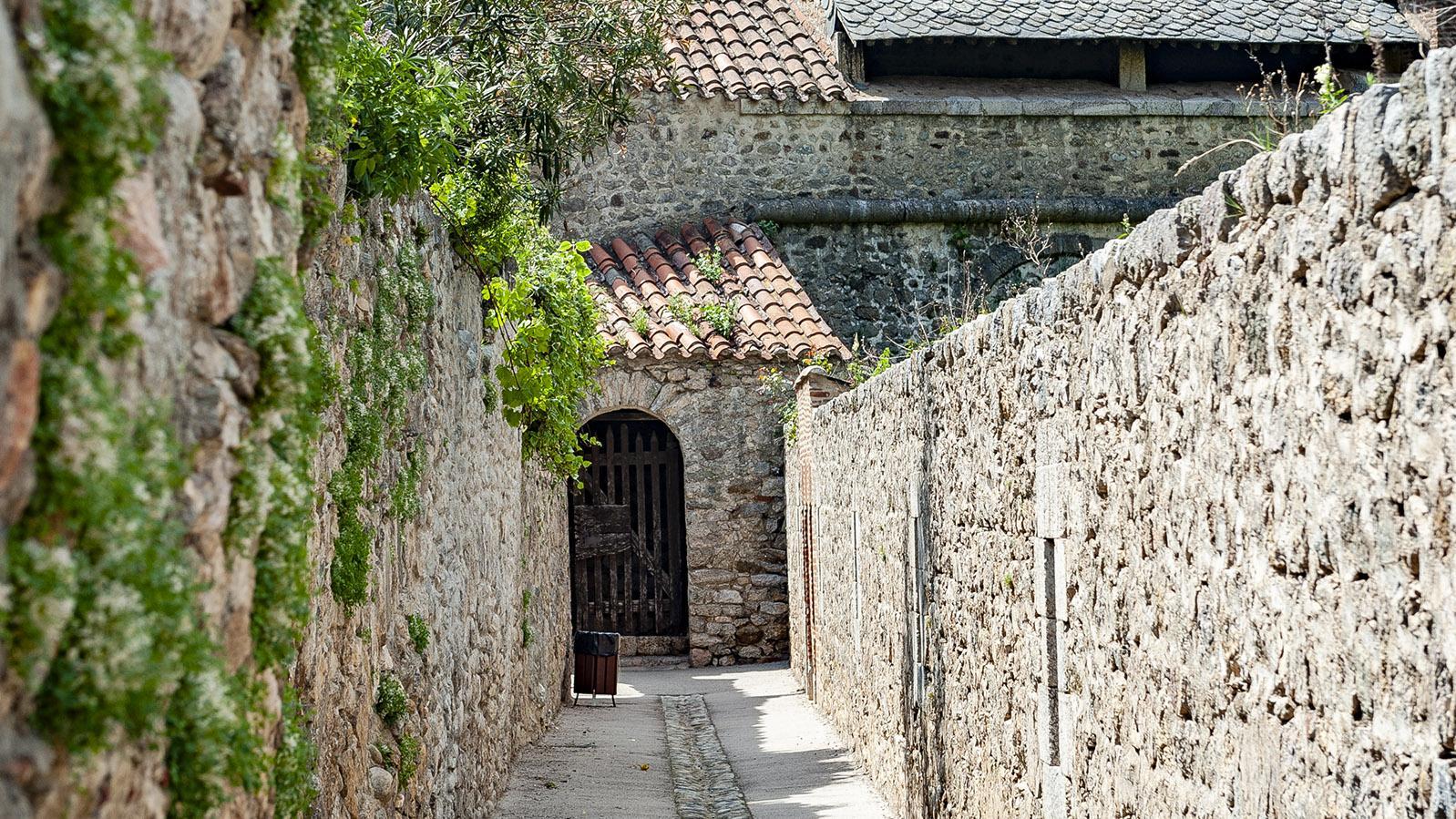 Villefranche-de-Conflent: wunderschön - ein Bummel in den Gassen an der Wehrmauer. Foto: Hilke Maunder