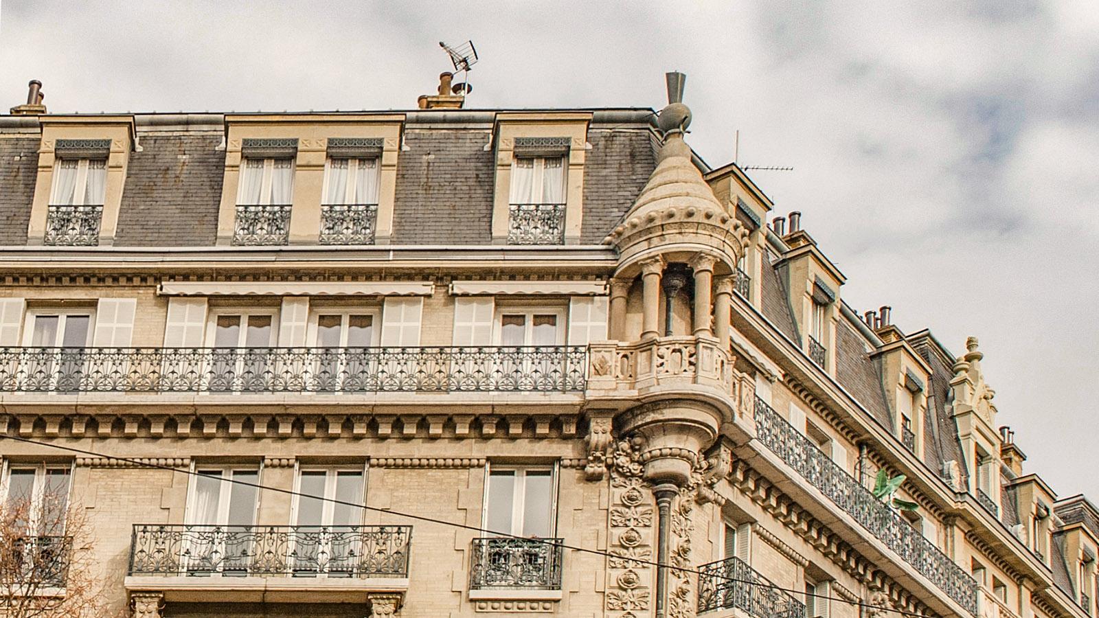 Grenoble, Fassaden-Schmuck. Foto: Hilke Maunder