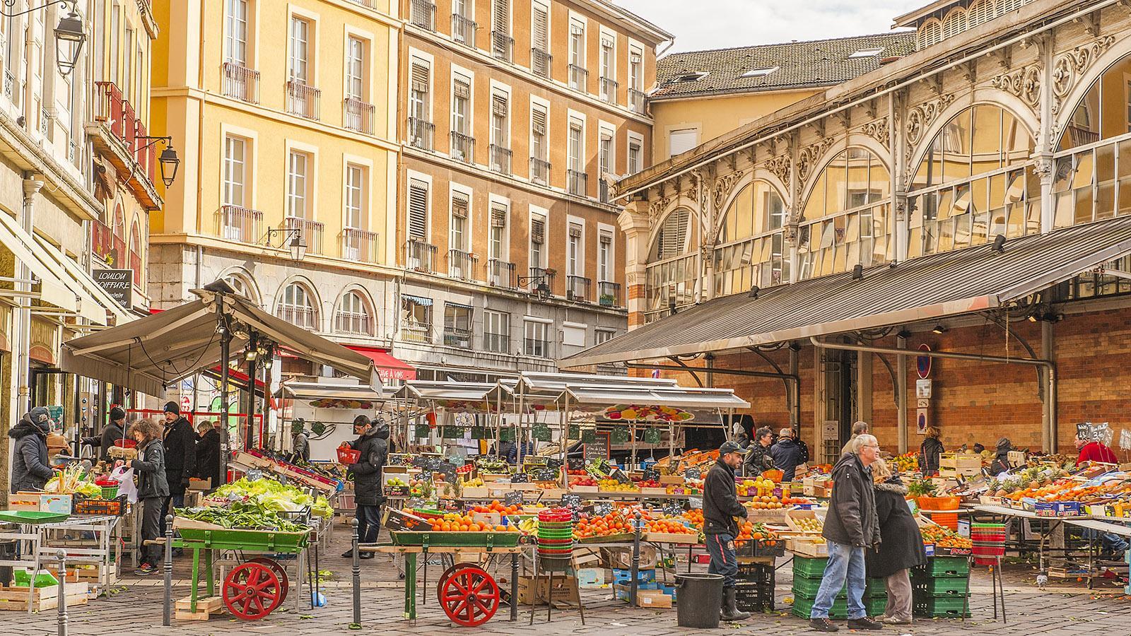 Die Markthalle von Grenoble. Foto: Hilke Maunder