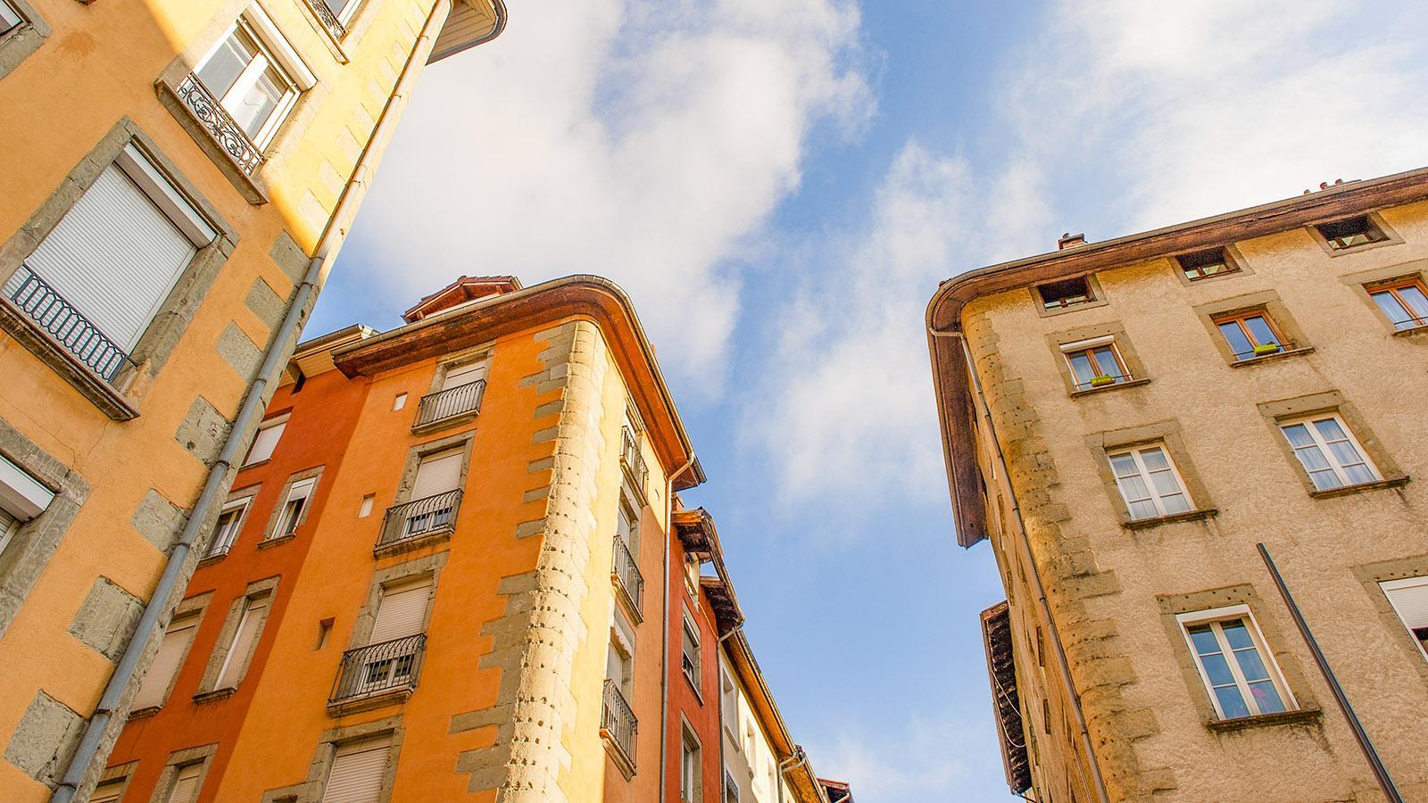 Die Place aux Herbes ist der älteste Platz von Grenoble. Foto: Hilek Maunder