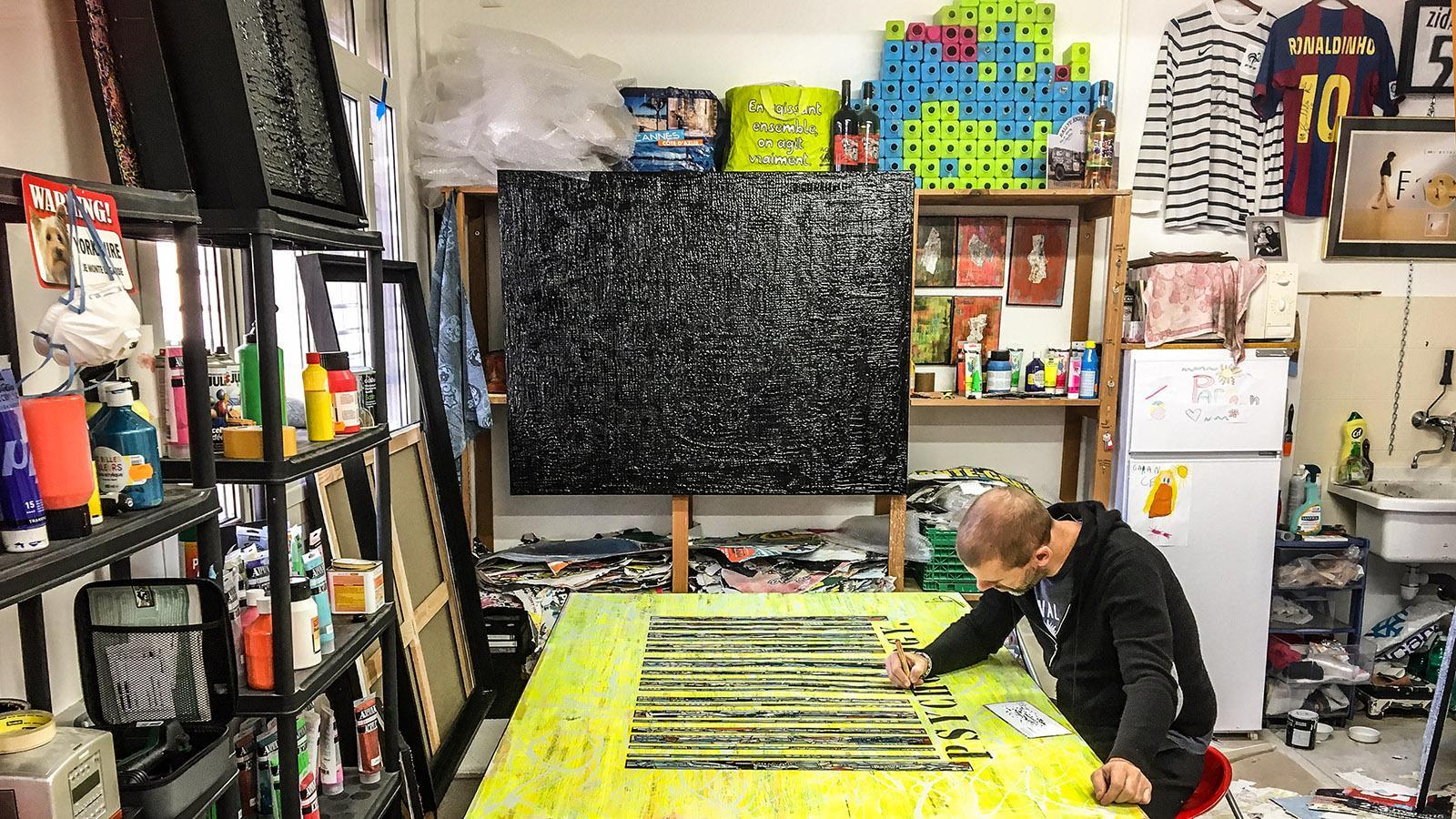 Cannes, Suquet des Artistes: Gregory Berben in seinem Atelier. Foto: Hilke Maunder