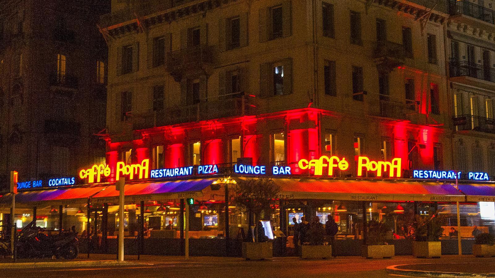 Cannes: Treffpunkt: das Caffè Roma. Foto: Hilke Maunder