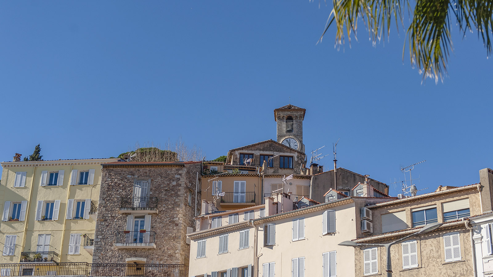 Cannes: Das Altstadtviertel Le Suquet. Foto: Hilke Maunder