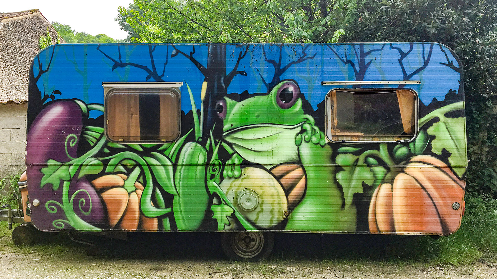 Der Wohnwagen des Jardin Respectueux. Foto: Hilke Maunder