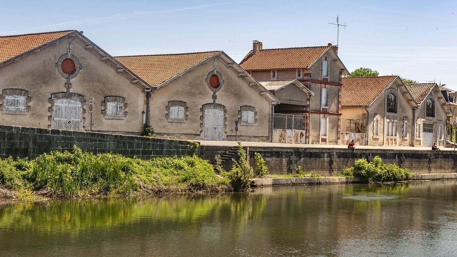 Die ehemaligen Weinlager von Châteauneuf-sur-Charente. Foto: Hilke Maunder