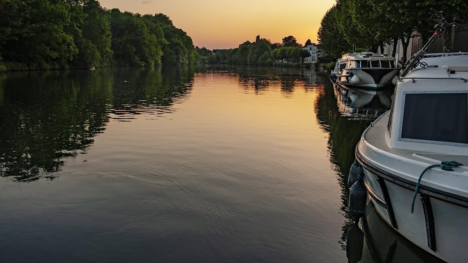 Früher Morgen in Jarnac an der Charente. Foto: Hilke Maunder