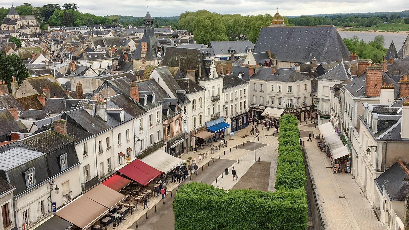 Loiretal der Schlösser: Blick auf Amboise vom Schloss aus. Foto: Hilke Maunder