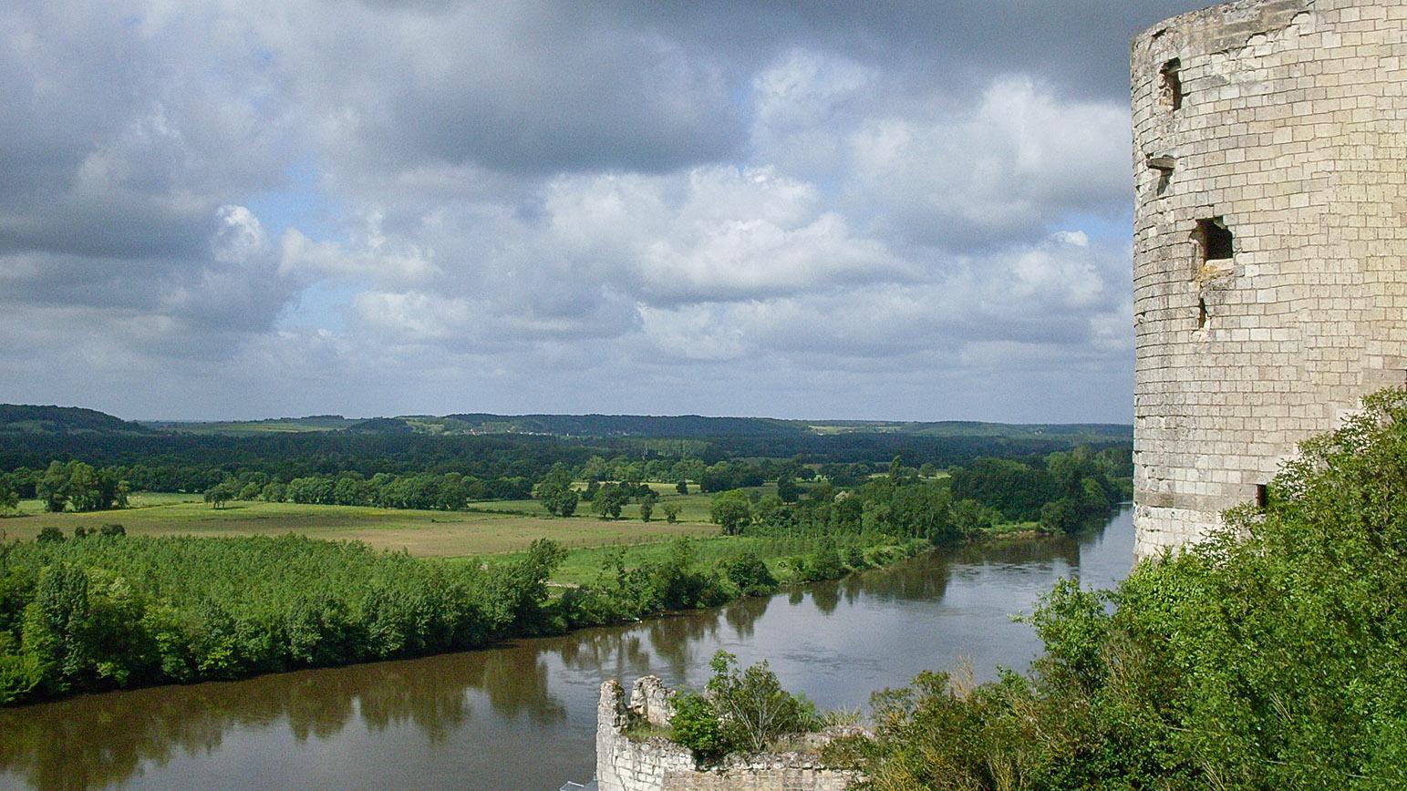 Loiretal der Schlösser: die Burg von Chinon. Foto: Hilke Maunder